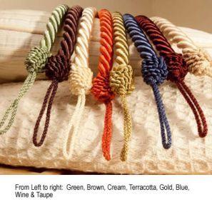 Cameo Rope Gold Tieback